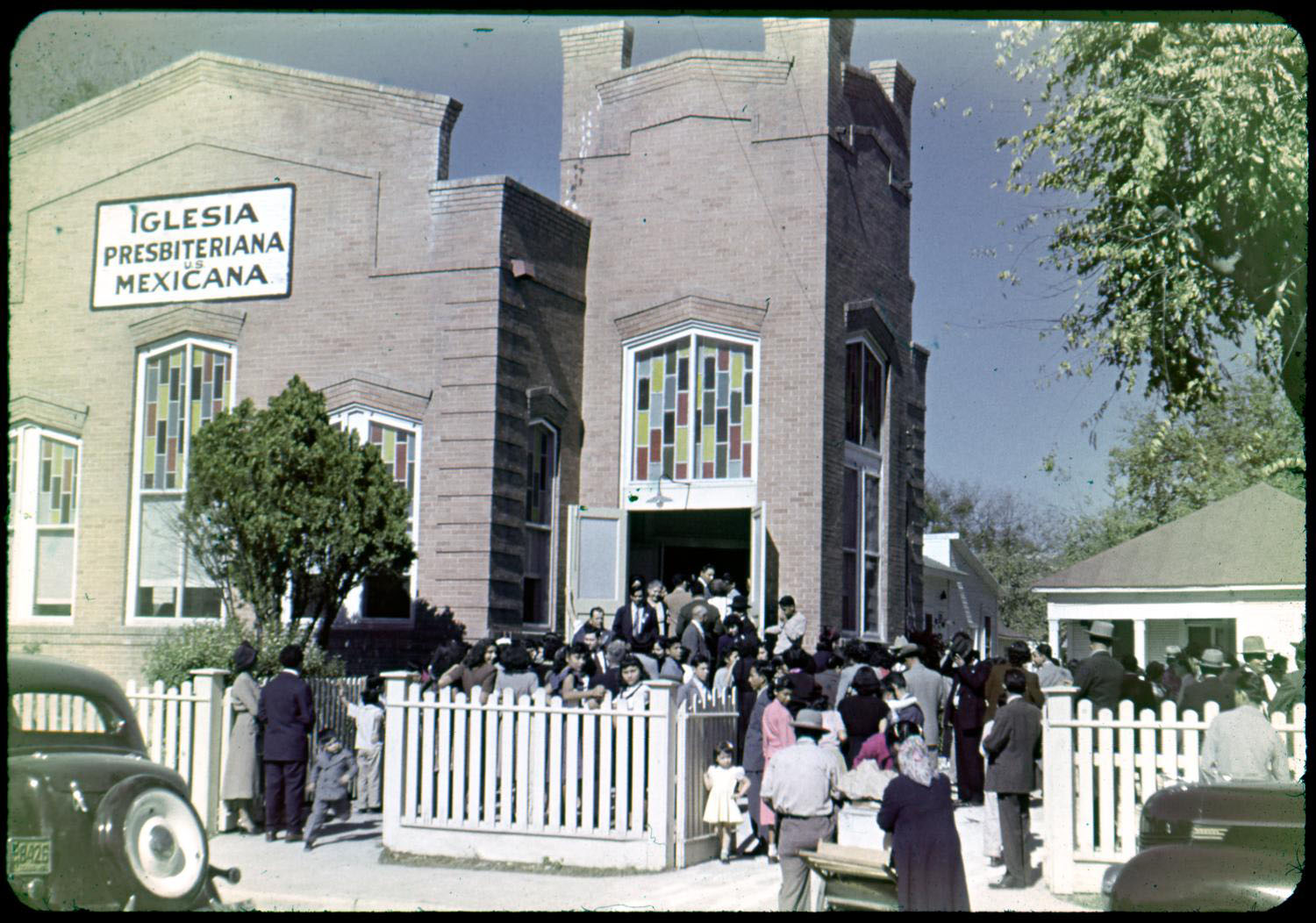 A group of people in front of the Iglesia Presbiteriana Mexicana, possibly in San Antonio, Texas, undated. From the Texas-Mexican Presbytery records, Austin Seminary Archives, Stitt Library, Austin Presbyterian Theological Seminary, Austin, Texas.